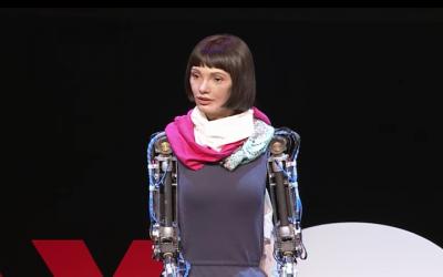 Robot Ai-Da Lovelace pAInts Her Way Into Art History At Design Museum